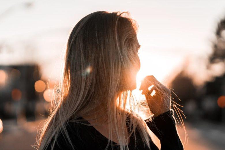 Masque capillaire à l'argile jaune pour les cheveux ternes
