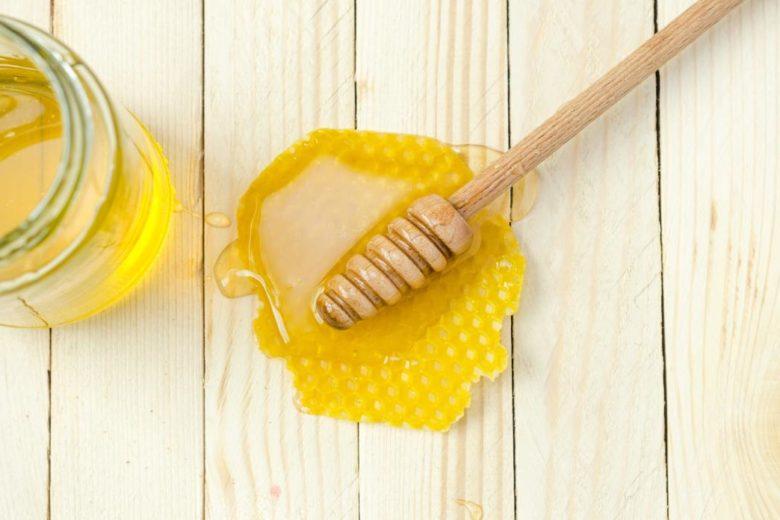 Masque capillaire hydratant au miel