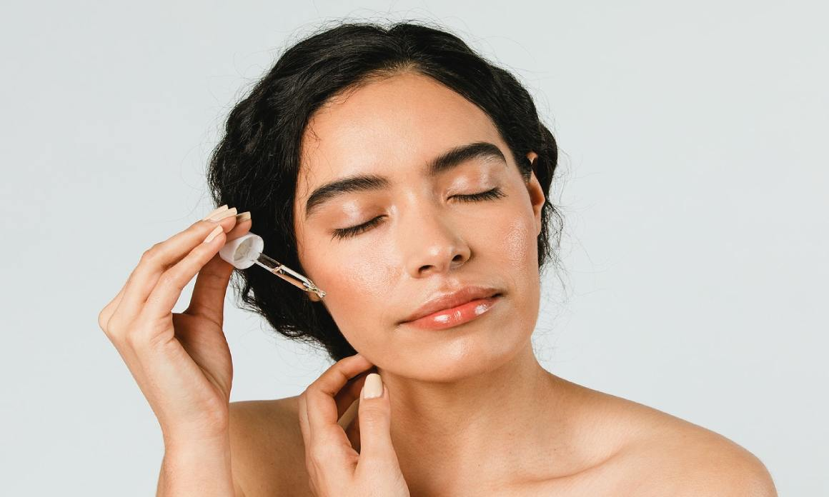 Sérum visage : Conseils beauté